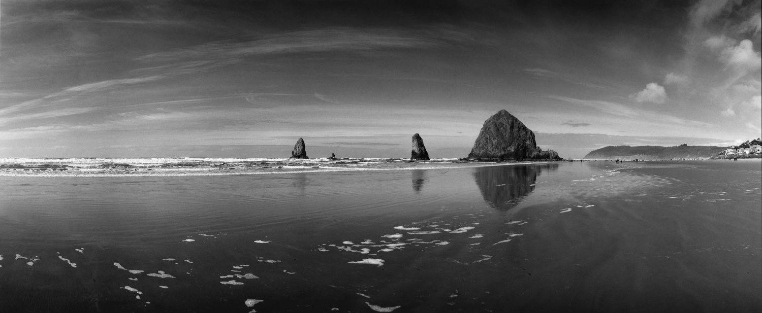 Haystack Rock and Cannon Beach, Panorama by Gary Quay