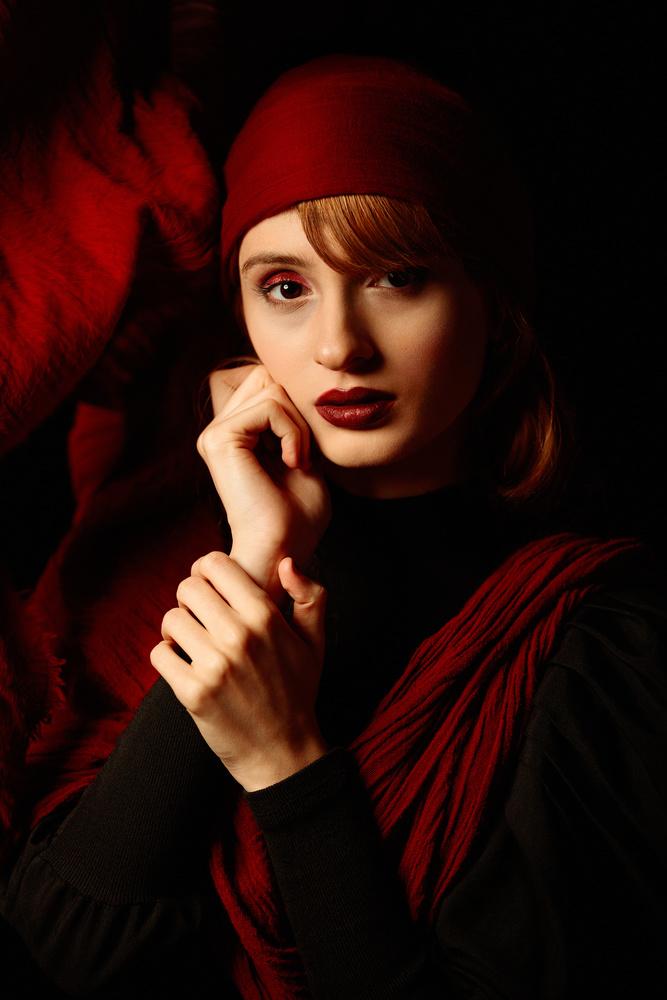 Redness by Akram Niksefat Zendehdel