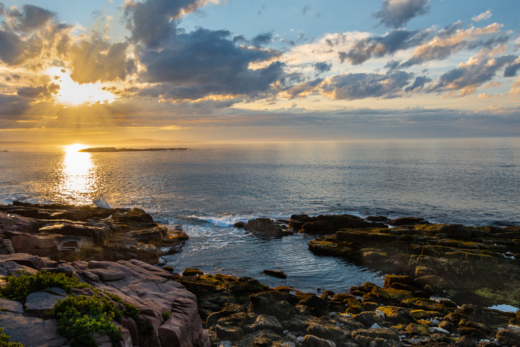 Sunrise in Acadia national Park by Mariano de Miguel