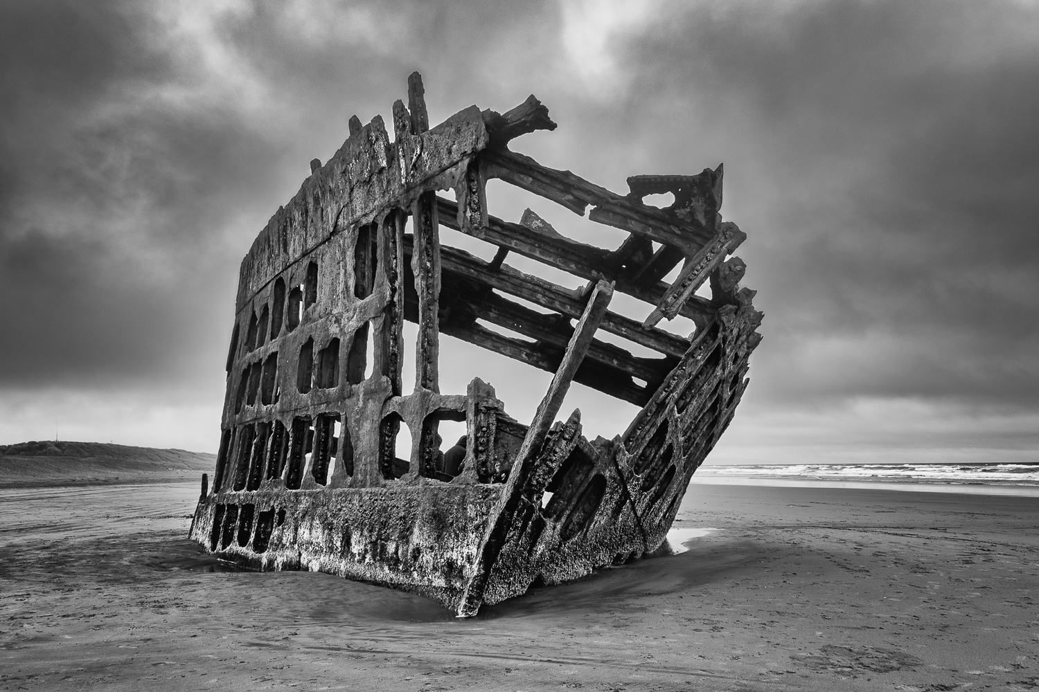 Wreck of Peter Iredale by Mariano de Miguel