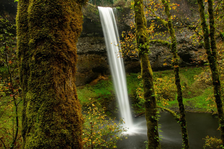South Falls by Mariano de Miguel