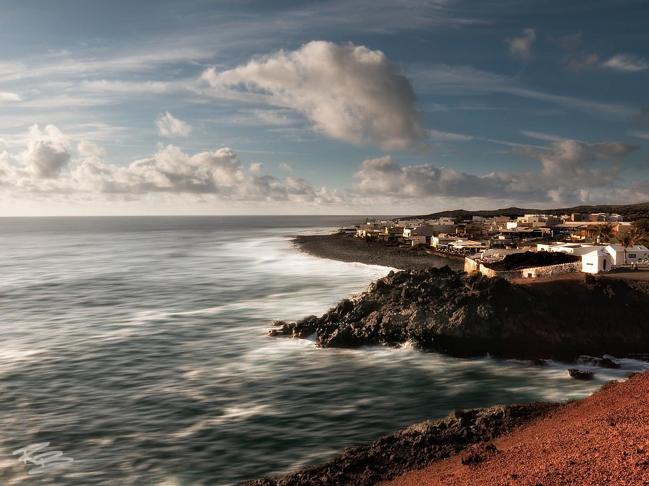 El Golfo by Roberto Benis