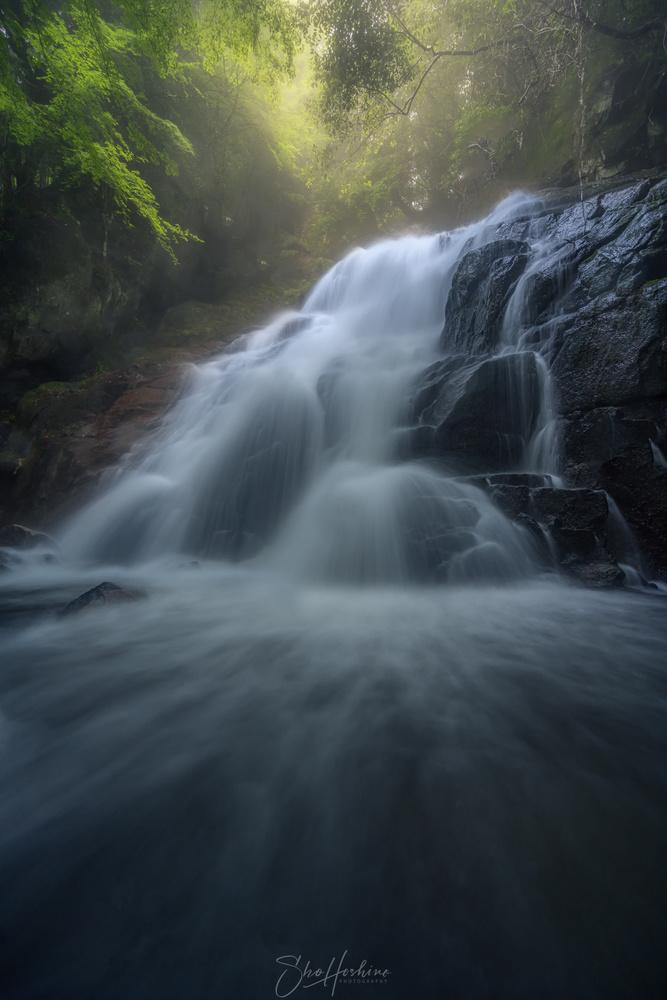 Waterfall by Sho Hoshino