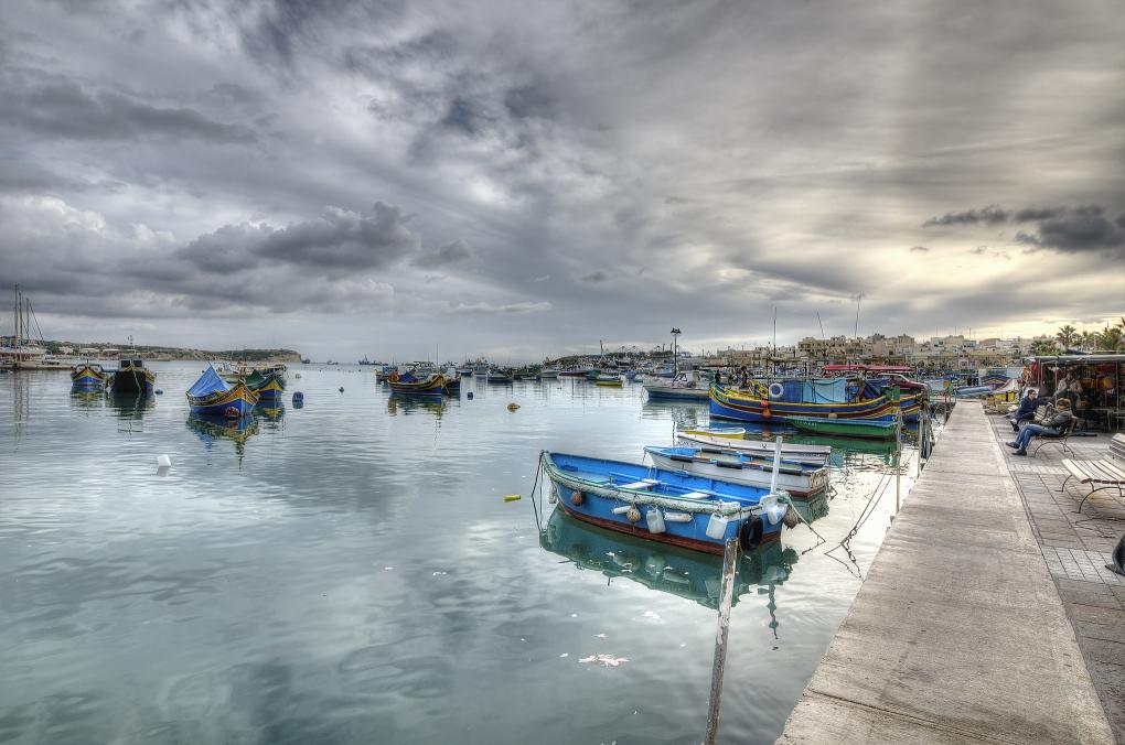 Marhaslox fish market bay by Ivo Ivanov