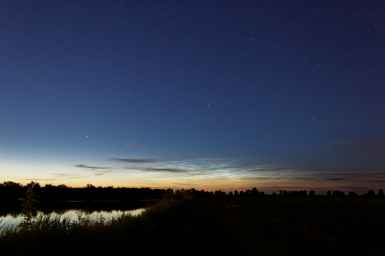 Noctilucent clouds 2 by Tim van der Leeuw