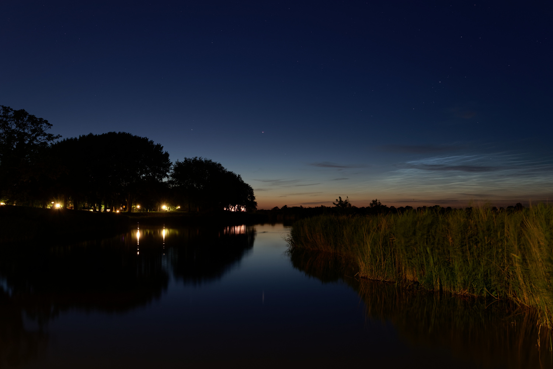 Night landscape by Tim van der Leeuw