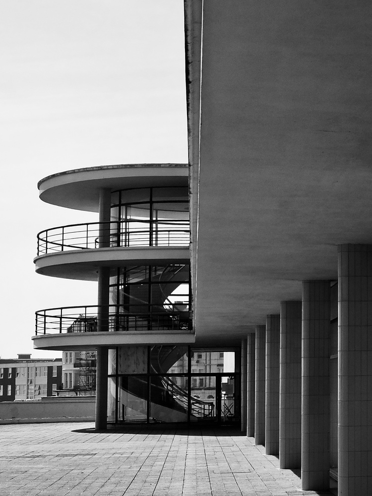 De la Warr Pavilion 05 by William Hunt