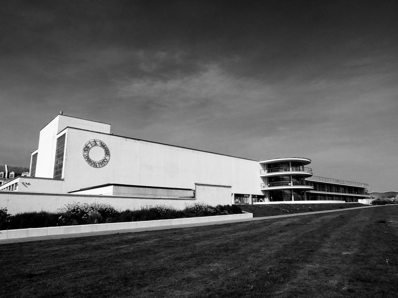 De la Warr Pavilion 01 by William Hunt
