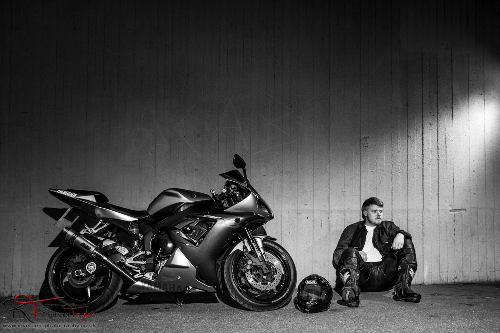 R1 by Robert Taylor