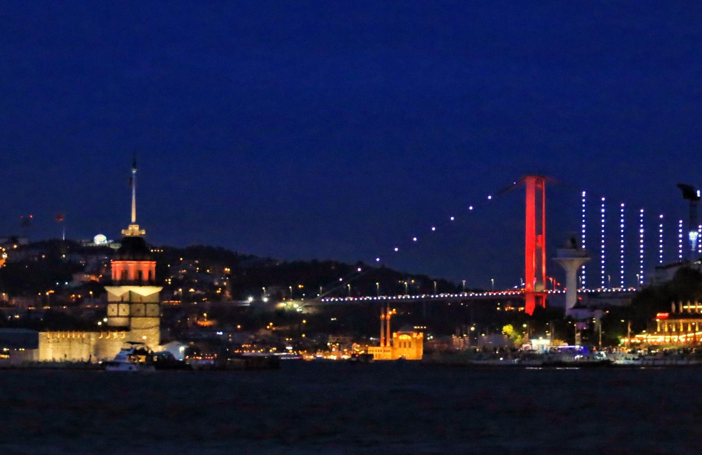 Maiden tower and bosphorus bridge by İsmail Alper Şenova