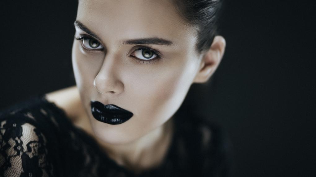 Gothic Anja by Nikolai Lev4enko