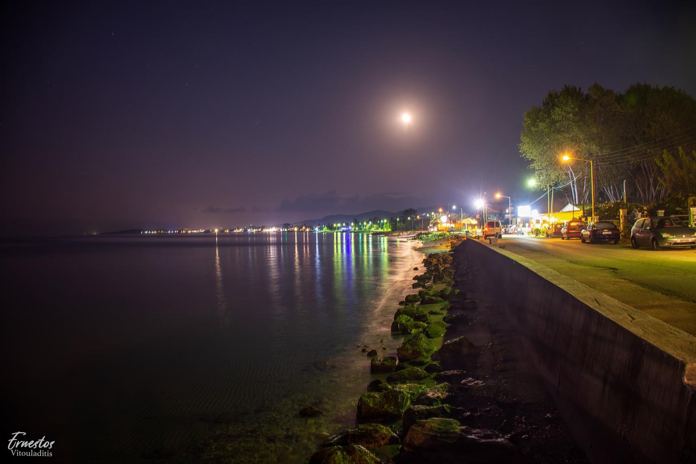 Roda corfu by night by ernestos vitouladitis
