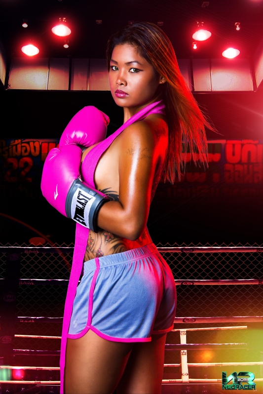 Boxing Girl by Neo Racer