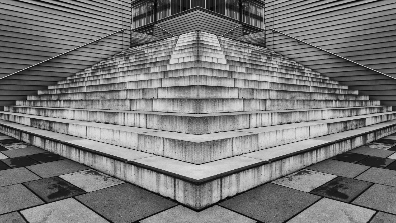 STAIRDESTOYER by Renè Müller