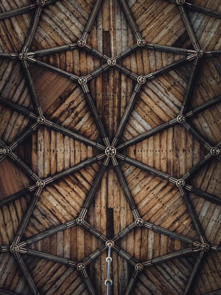 CROSSWOOD by Renè Müller
