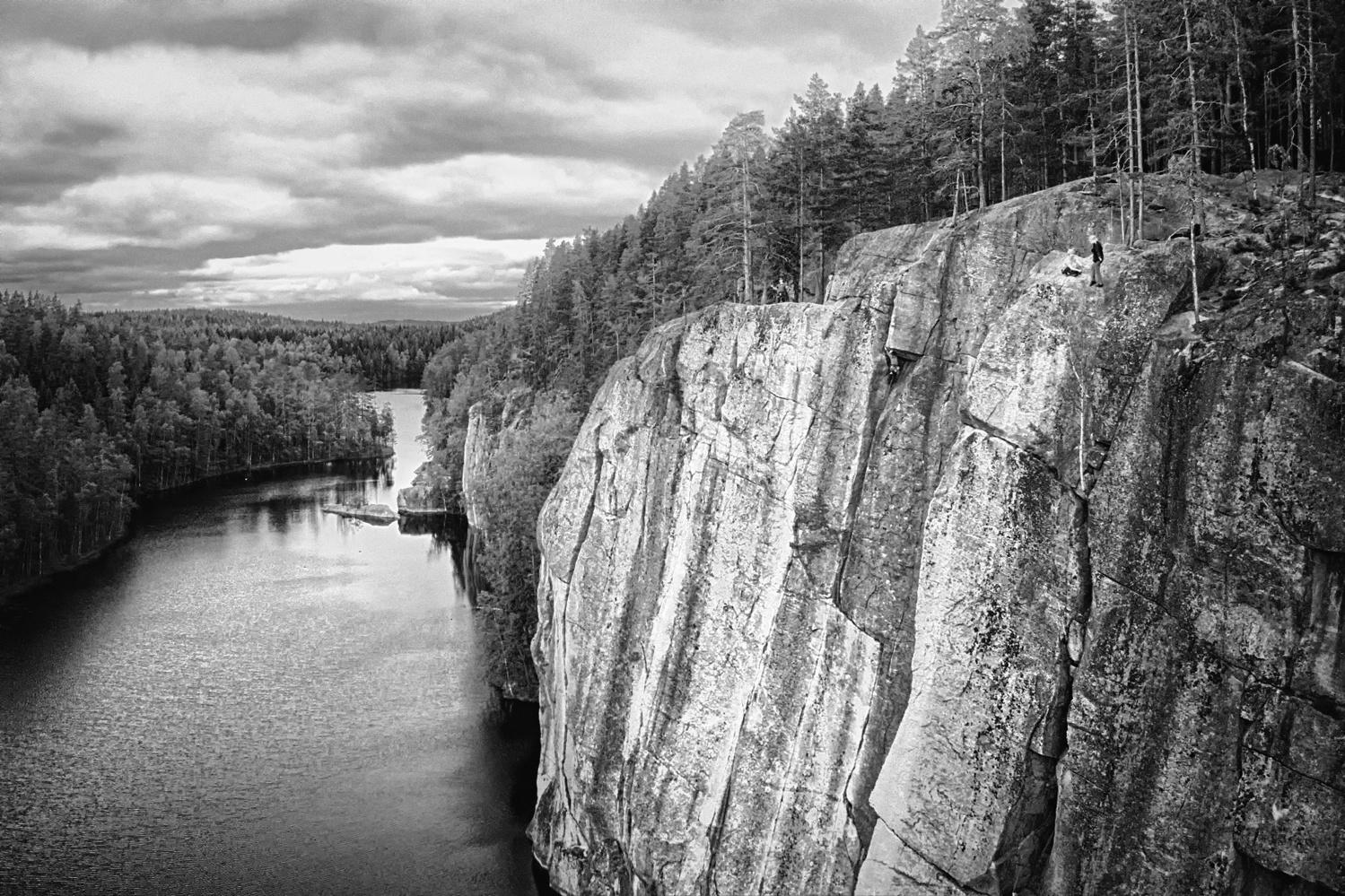 Rock Climbers in Repovesi by Carl Viktor