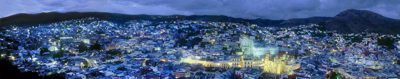 Guanajuato by Dan Santema