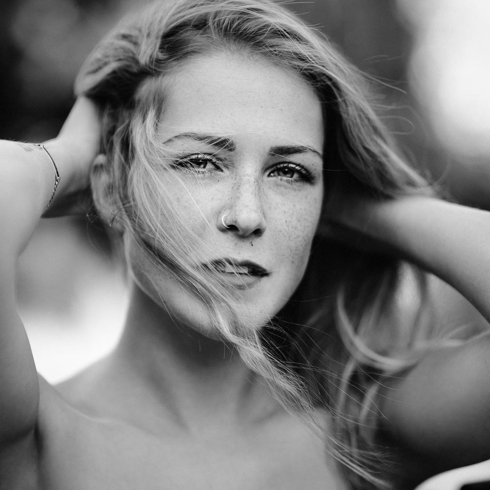 Corinna by Michael Kloetzer