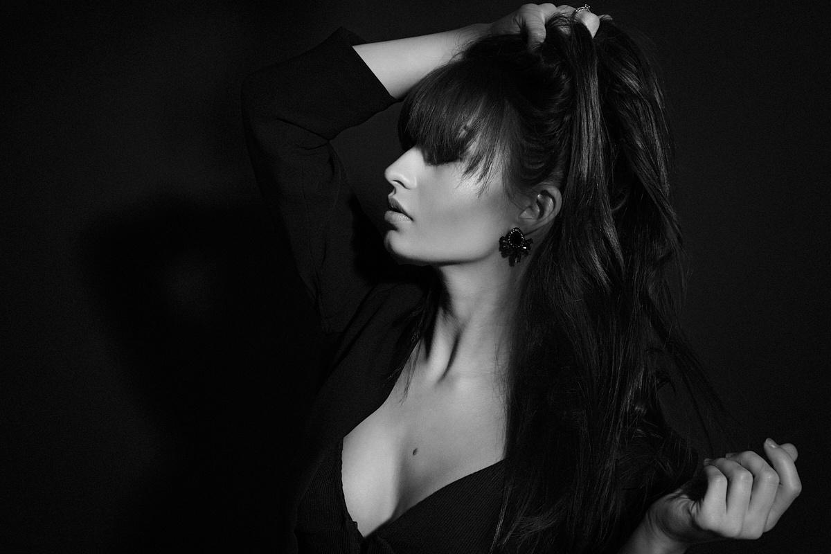 Dark Beauty by Michael Kloetzer