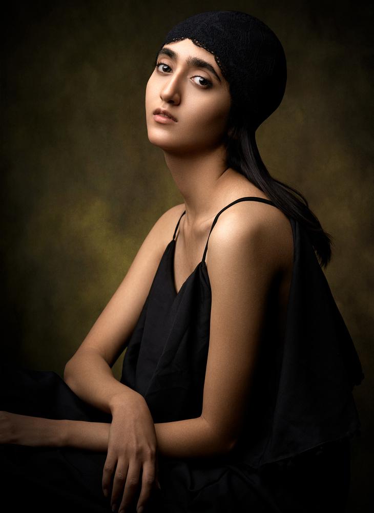 Classic portrait by Reza Shamszadeh
