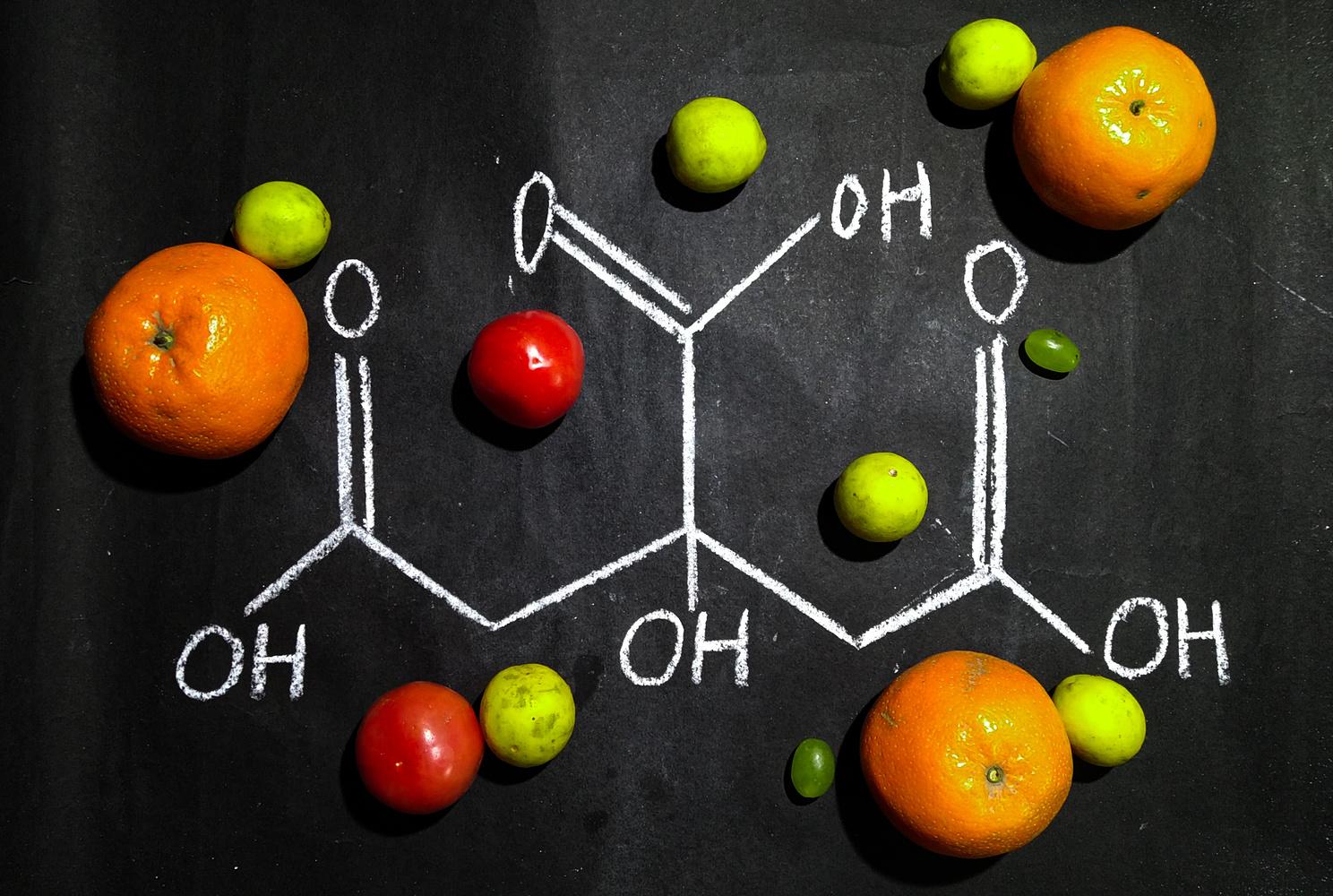 1 molecule of citric acid by Melapplon .