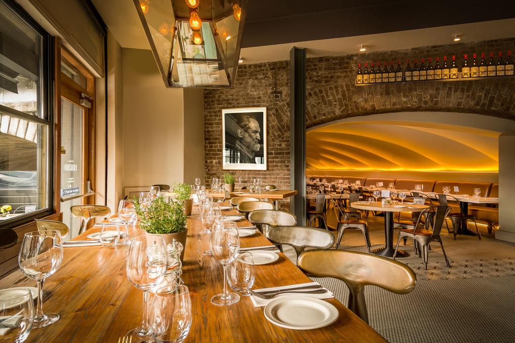 Italian restaurant Lucio by Peter Cernoch
