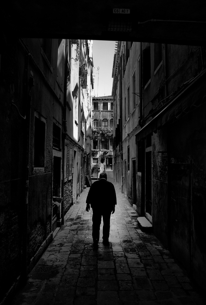Venice Streets by Thomas Even