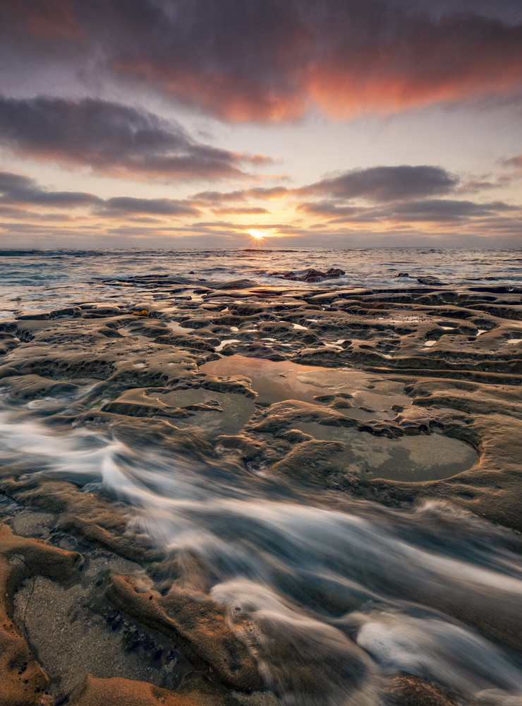 Tide Pool Wave by Thomas Even