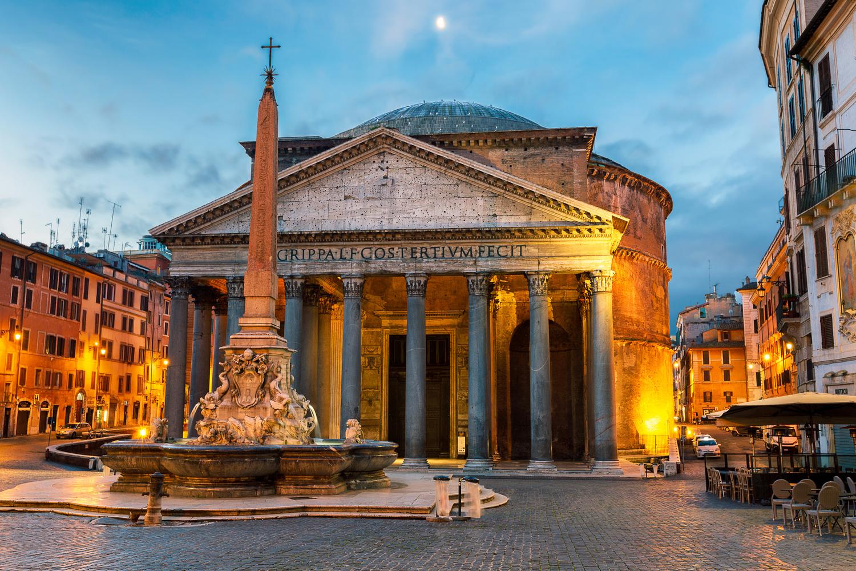 The Pantheon in Rome by Derek Brawdy