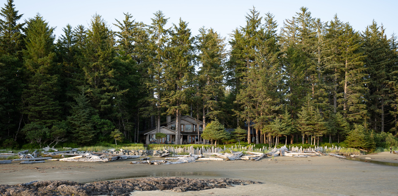 Tofino Beach House by Colin Henderson