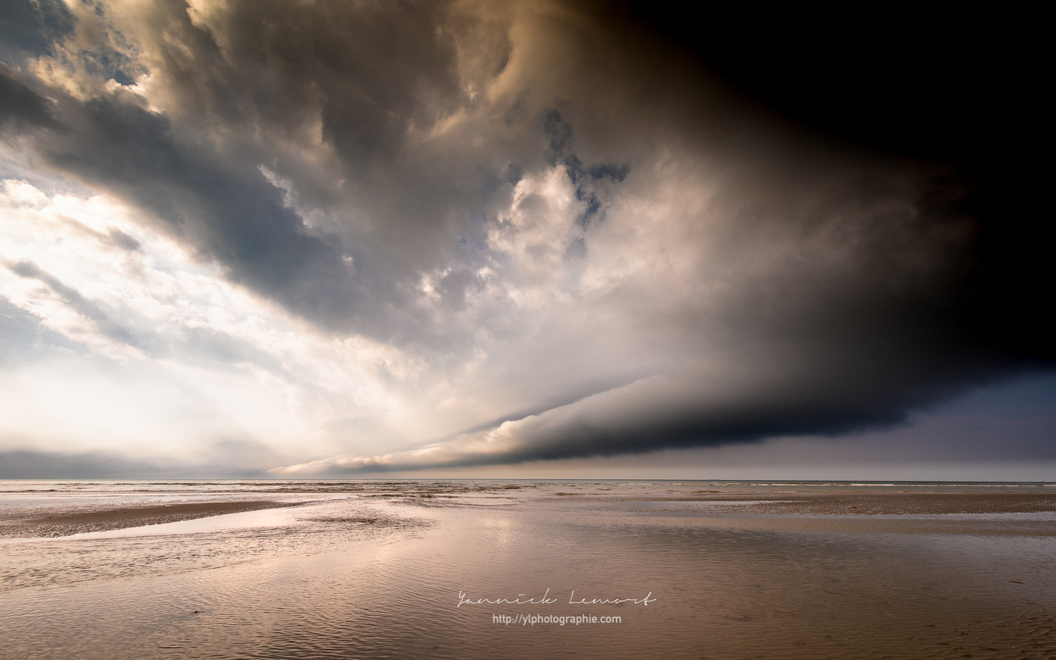 after the passage of the storm by YL Photographie