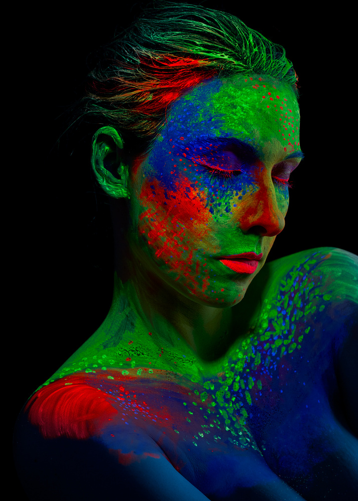 UV-Colorshoot 3 by Jan Christian Zimara