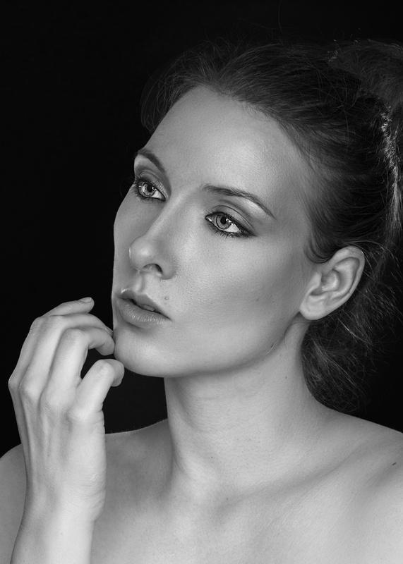 Beauty in black by Jan Christian Zimara