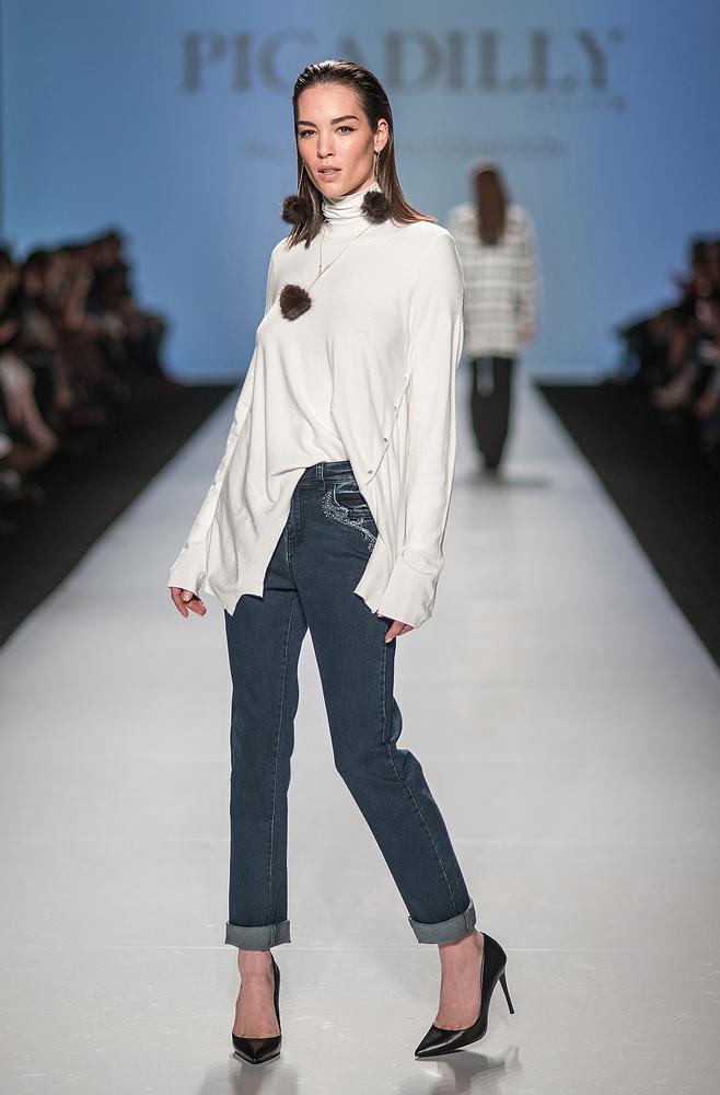 Andi Muise - Fashion Week by Nick Viton