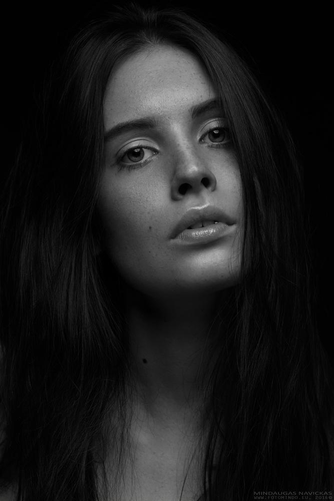 Eva by Mindaugas Navickas