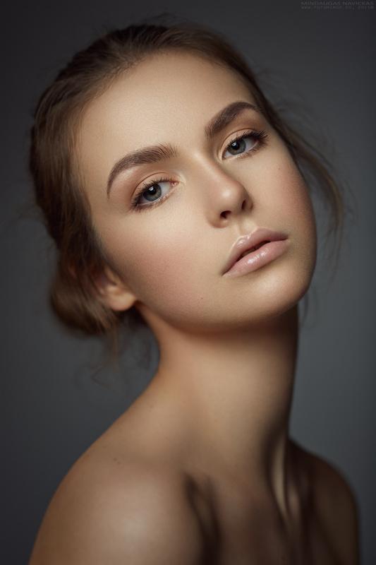 Emilija by Mindaugas Navickas