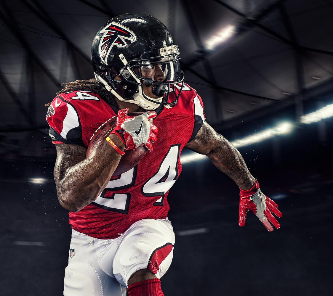 Devonta Freeman - Atlanta Falcons by James Quantz Jr