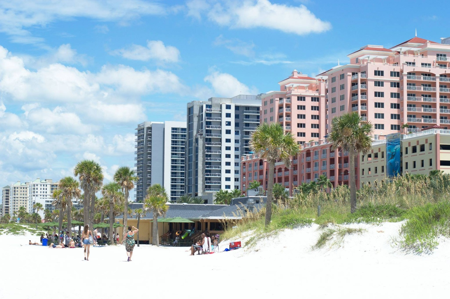 Clearwater beach by Mark Lilley