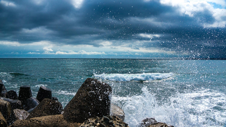 Storm is coming by Dimitar Bakalov
