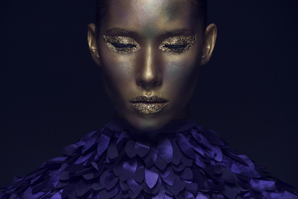 Gold Beauty by Dodô Villar
