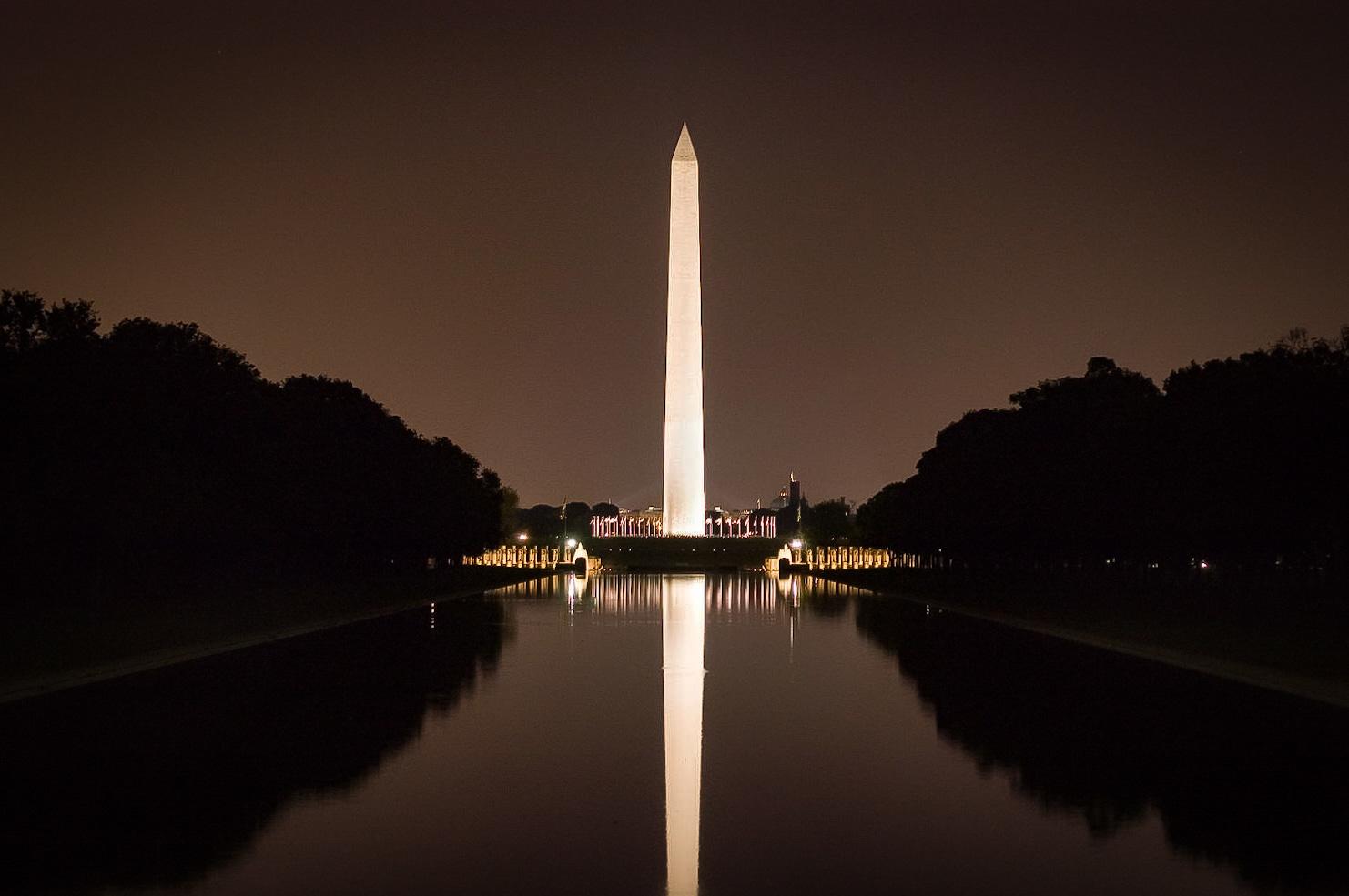 Washington Monument by David Birozy