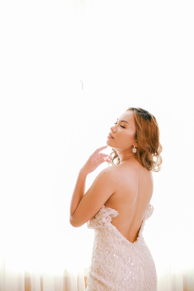 Sexy Bride by Jerome Lirasan