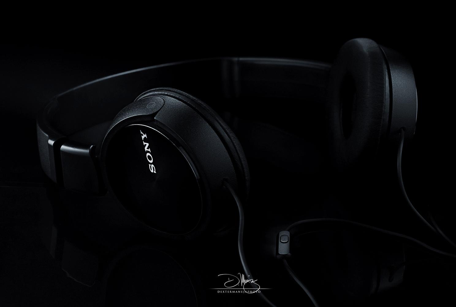 Headphone by Dexter Maneja