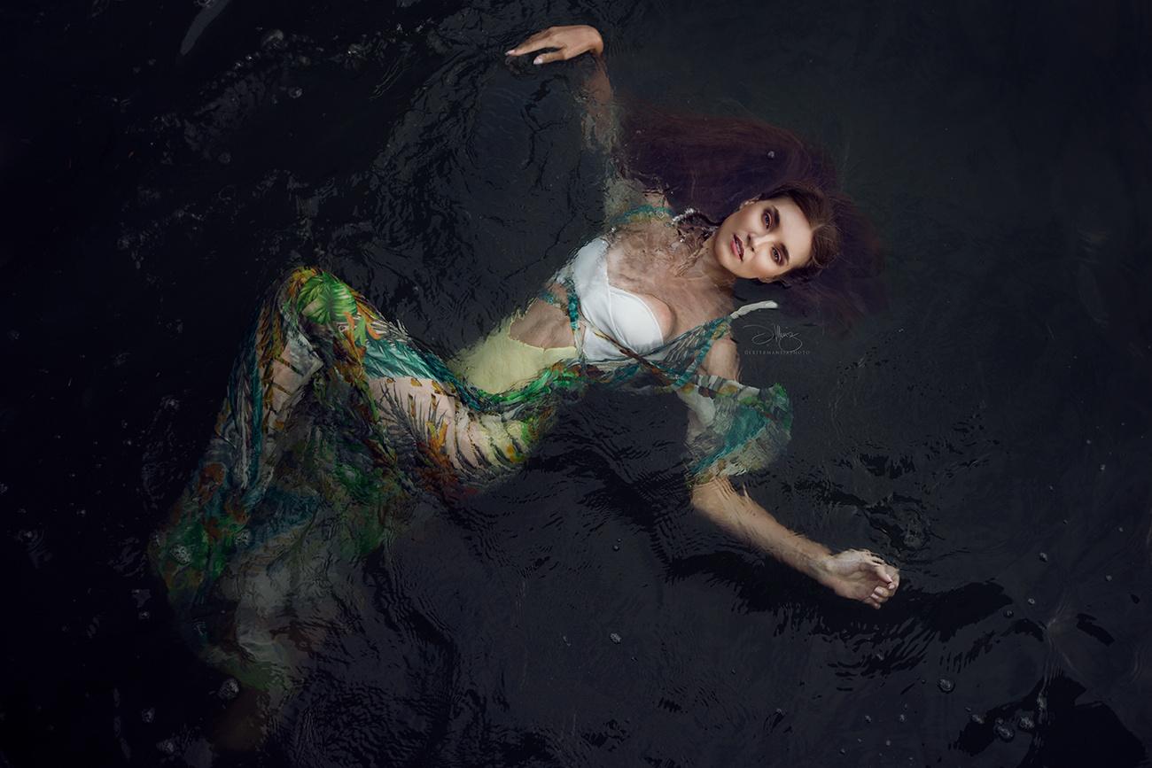 Yuliya by Dexter Maneja