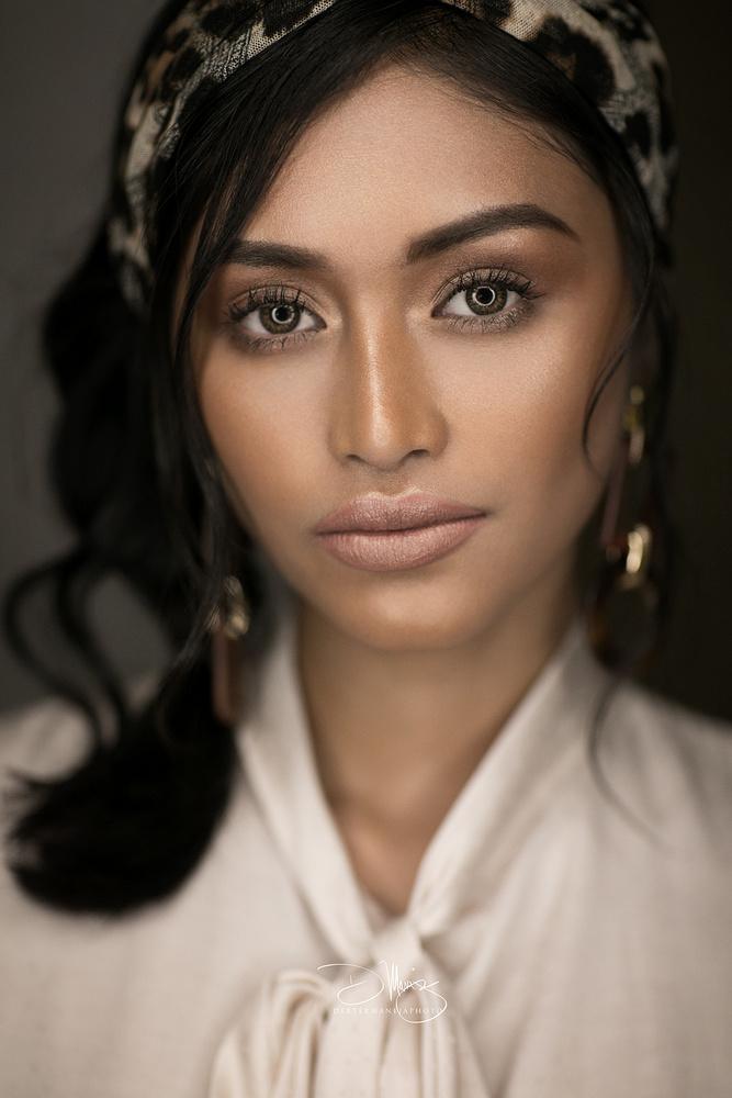Hyra - Beauty headshot by Dexter Maneja