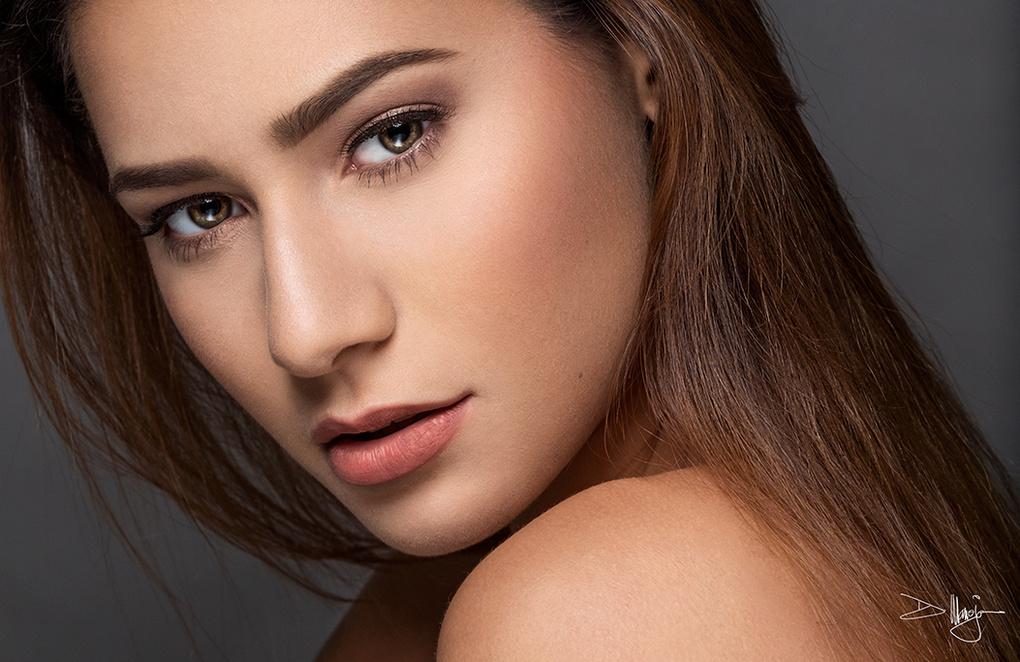 Stephanie by Dexter Maneja