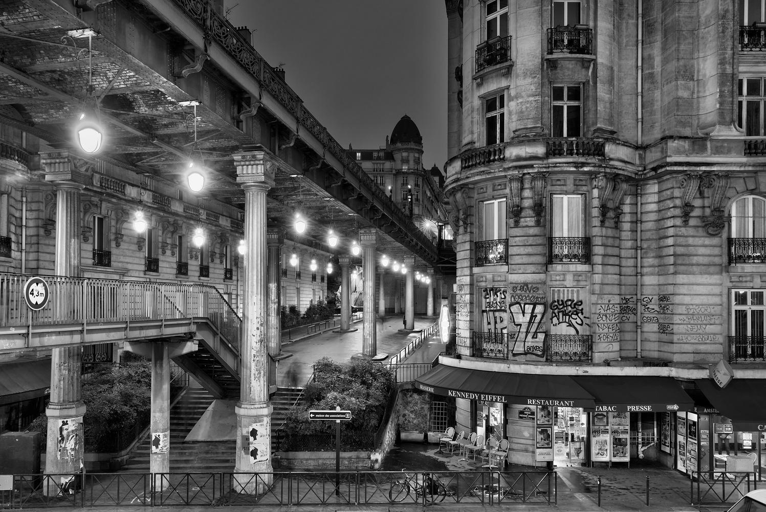 Paris intersection by Steve Gould