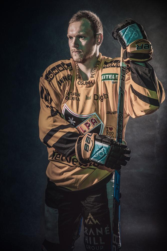 KalPa Hockey Player by Markus Aspegren