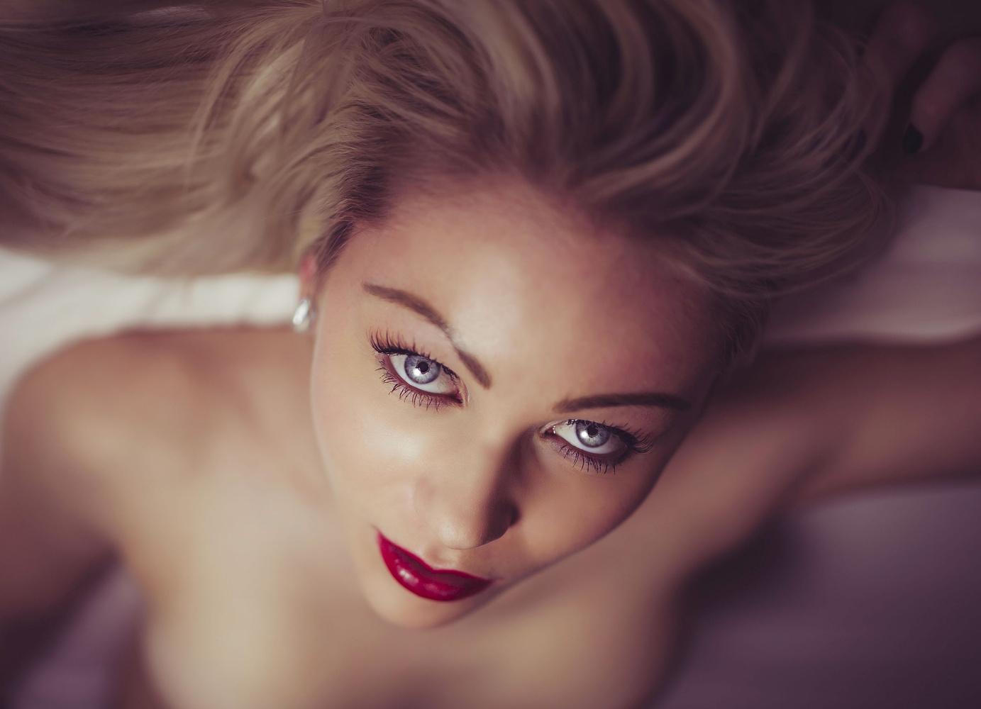 Blue Eyes, 2 by Ian Pettigrew