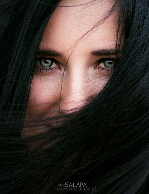 Eyes by Filip Salapa